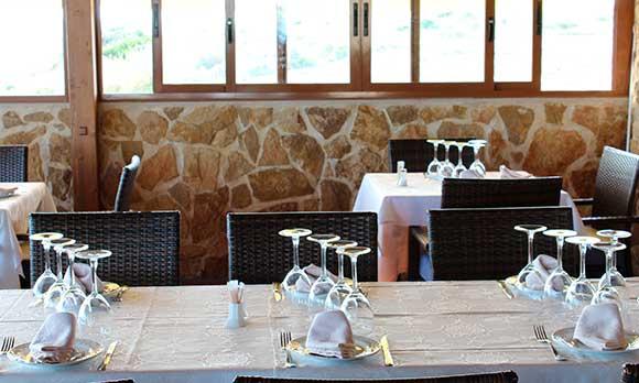 mesa terraza restaurante alicante